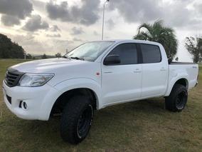 Toyota Hilux 2.7 Cd Srv Vvti 4x4 - A3