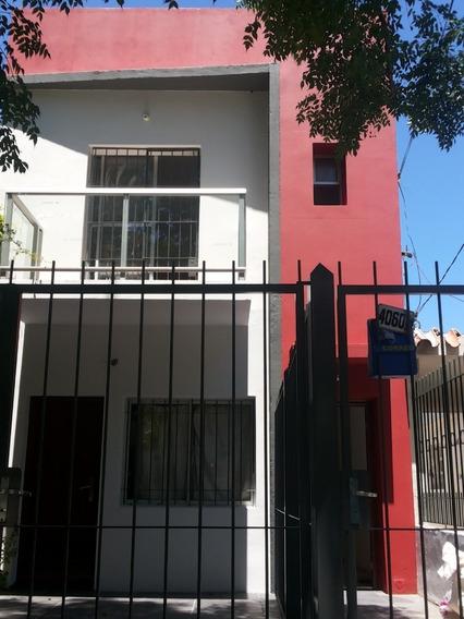 Preciosa Casa Nueva En Buceo,