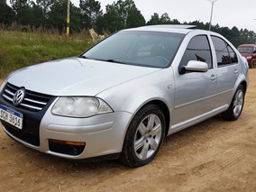 Volkswagen Bora 2.0 Trendline - Financio / Permuto