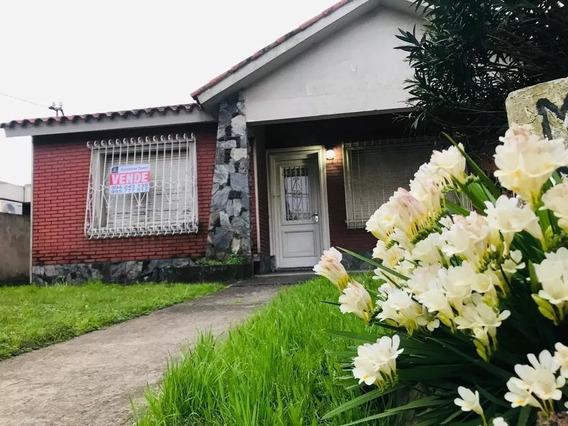 Casa En Venta En Lagomar