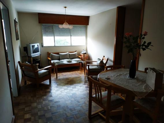 Apartamento En Parque Posadas - Trato Con Dueño.