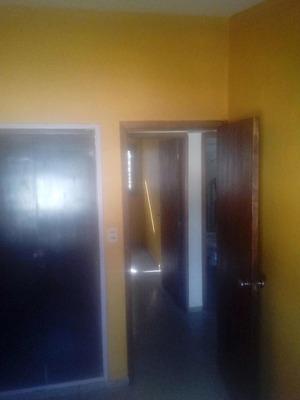 Apartamento De 4 Dormitorios. Con Garage!!venta O Alquiler!