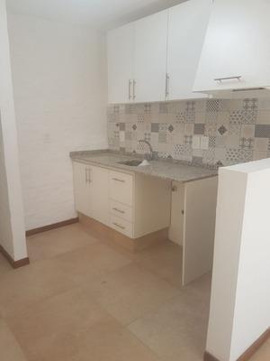 Mini Condominio De 5 Propiedades De 2 Y 3 Dormitorios