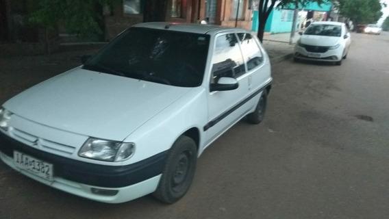 Citroën Saxo 1.4i