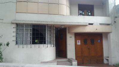 Hermosa Casa 4 Dormitorios,2 Baños,garage,patio Y Gran Fondo
