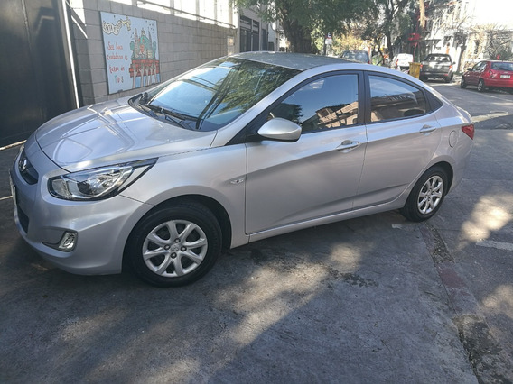 Hyundai Accent 2012 - 63.500 Km