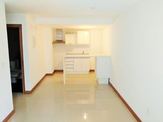 Alquiler Apartamento Un Dormitorio En Pocitos. Nuevo!!