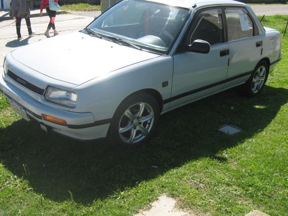 Daihatsu Año 1990 1.6 4 Puertas Lo Incluimos