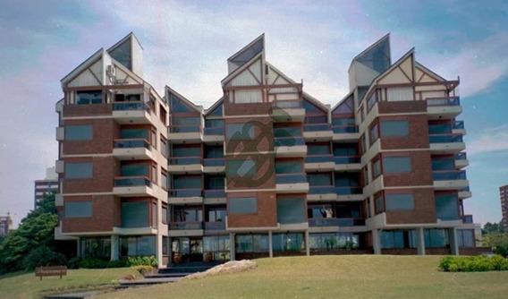 Apartamento En Venta - 2 Dormitorios Punta Del Este Se Escuchan Ofertas Orden De Vender -ref:4258