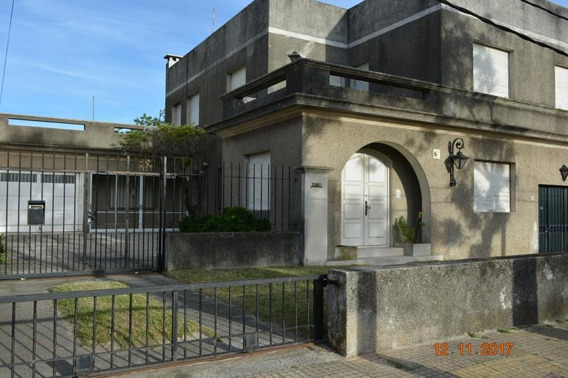 Dos Casas En Un Padrón, Excelente Ubicación Metros Rambla.