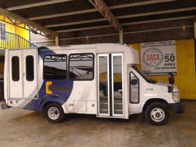 Microbus Ford E 350 Año 2011