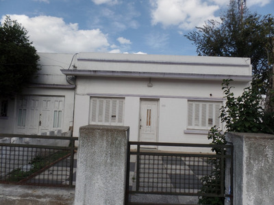 Casa De 2 Dormitorios En Nuevo París