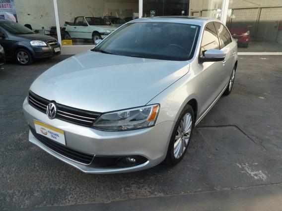 Volkswagen Vento 2.5 Precio U$s20500, Retire Con 50% U$10250