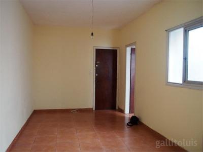 Oportunidad De 1 Dormitorio Con Patio En Nuevo Centro!!