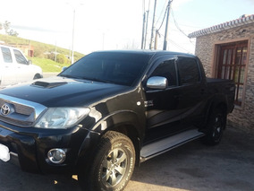 Toyota Hilux 3.0 Cd Srv Cuero Tdi 171cv 4x2
