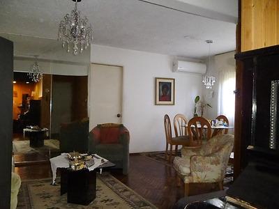 Apartamento De 4 Dormitorios En Parque Posadas