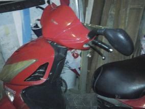 Moto Yumbo-