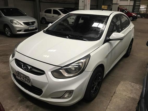 Hyundai Accent 1.5 Gls Mt 2014