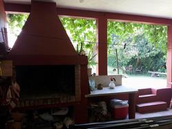 Casa De 6 Ambientes Y 2 Baños, Parrillero Techado