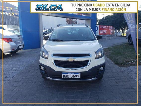Chevrolet Spin Activ 2016 Crema 5 Puertas