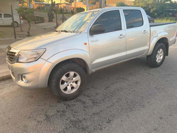 Toyota Hilux 2.7 Cd Srv Vvti 4x4 - A3 2014