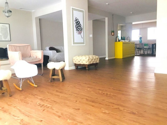 Venta Apartamento Cuatro Dormitorios Y Servicio V Biarritz