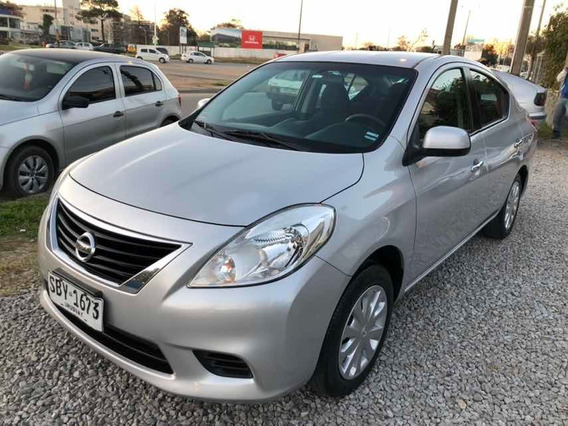 Nissan Versa 1.6 Sense 5vel Mt 2013
