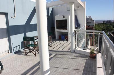 Apartamento Penthouse De 2 Dormitorios En Venta En Cordón