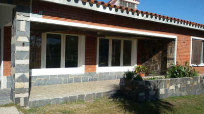 Chalet Sobre Ruta Interbalnearia - Neptunia - 3 Dormitorios
