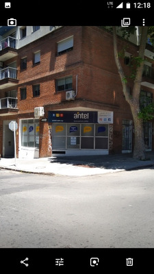 Local/oficina Esquina Parque Rodó