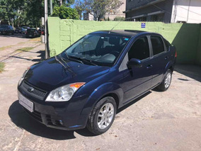 Ford Fiesta 1.6 Aveo Corsa Plus 2010