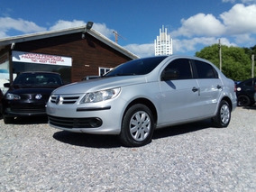 Volkswagen Gol 1.6 Sedan Full U$s 6.000 Y Cuotas