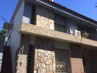 Casa En Malvín. Ph, Confortable E Iluminada (sin Gast. Com.)