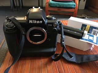 Cámara Nikon D1h Profesional Cuerpo Y 3 Baterías