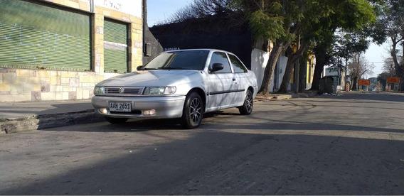 Volkswagen Logus 1.8 Gil, Full, Sedan