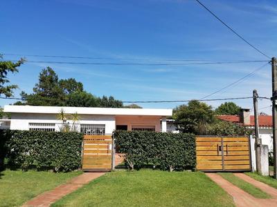 Excelente Casa En Parque Del Plata - 150 Mts De La Playa