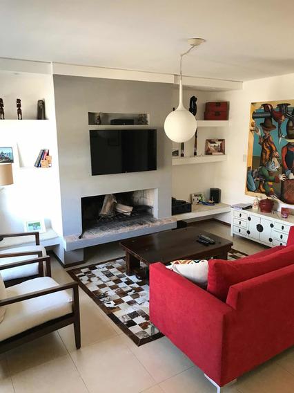 Casa Ph, 3 Dorms., 2 Baños En Malvin. 120 Más De La Rambla