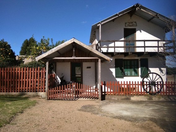 Casa Con 2 Dormitorios, Quincho Y Churrasquero