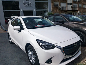 Mazda 2 Buceo Car´s