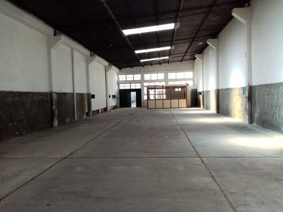 Local Industrial Con Oficina Zona Perez Castellanos