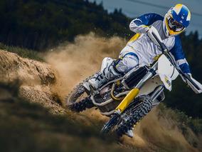 Husqvarna 701 Super Moto