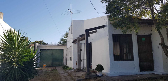 Casa De 3 Habitaciones Con Amplio Galpón De 110 M2