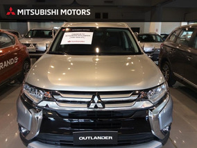 Mitsubishi Outlander 4x4 / 7 Pasajeros. 2019 0km