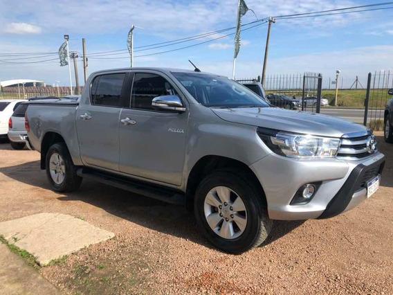 Toyota Hilux 2.7 Cd Srv Vvti 4x4 - A3 2016