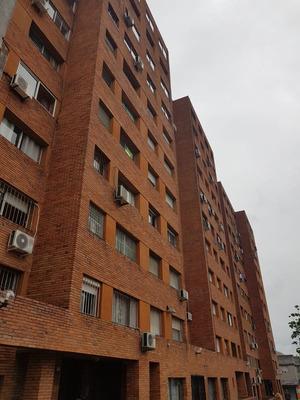 Apartamento 3 Dormitorios En Exelente Estado