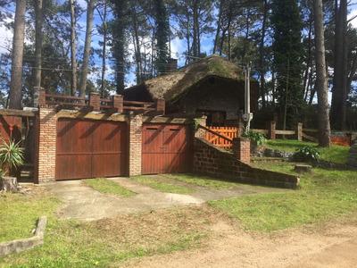 Venta Sólida Casa En Parque Del Plata, Amplio Terreno