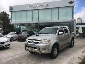 Toyota Hilux 3.0 D Automática 4x4 Srv