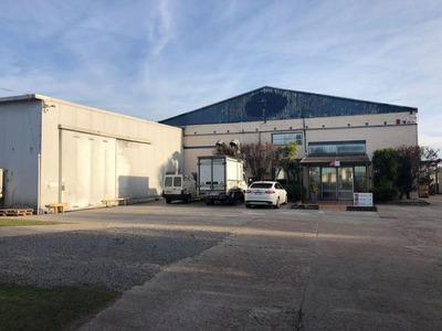 Excelente Local Industrial Proximo Camino Maldonado Y Veracierto