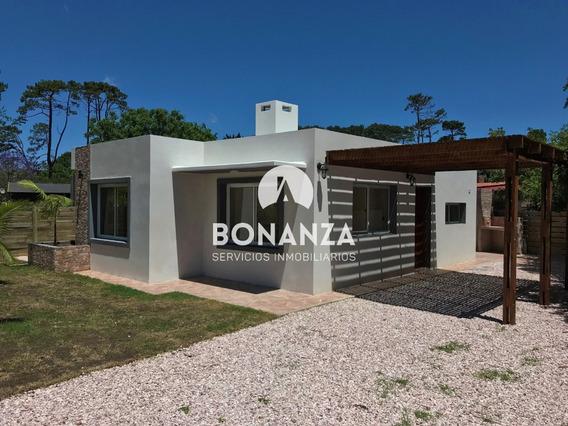 Casa En Venta Piriápolis Habilitada Para Préstamo Bancario