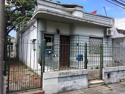 Venta Padrón Con 3 Casas En Reducto